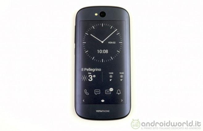 YotaPhone 2 10