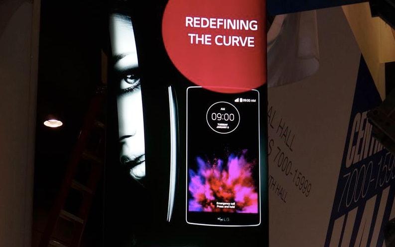 LG G Flex 2 è già al CES: tutto pronto per la presentazione