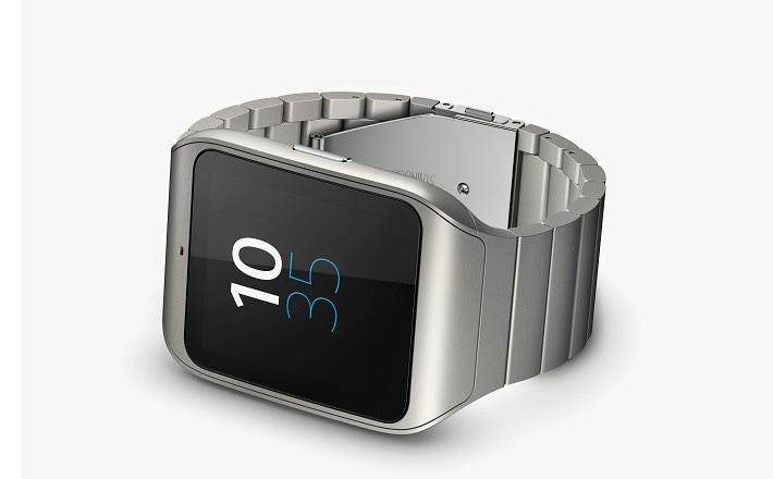 Sony SmartWatch 3 con cinturino in metallo in Italia da febbraio ma è già in pre-ordine in Germania
