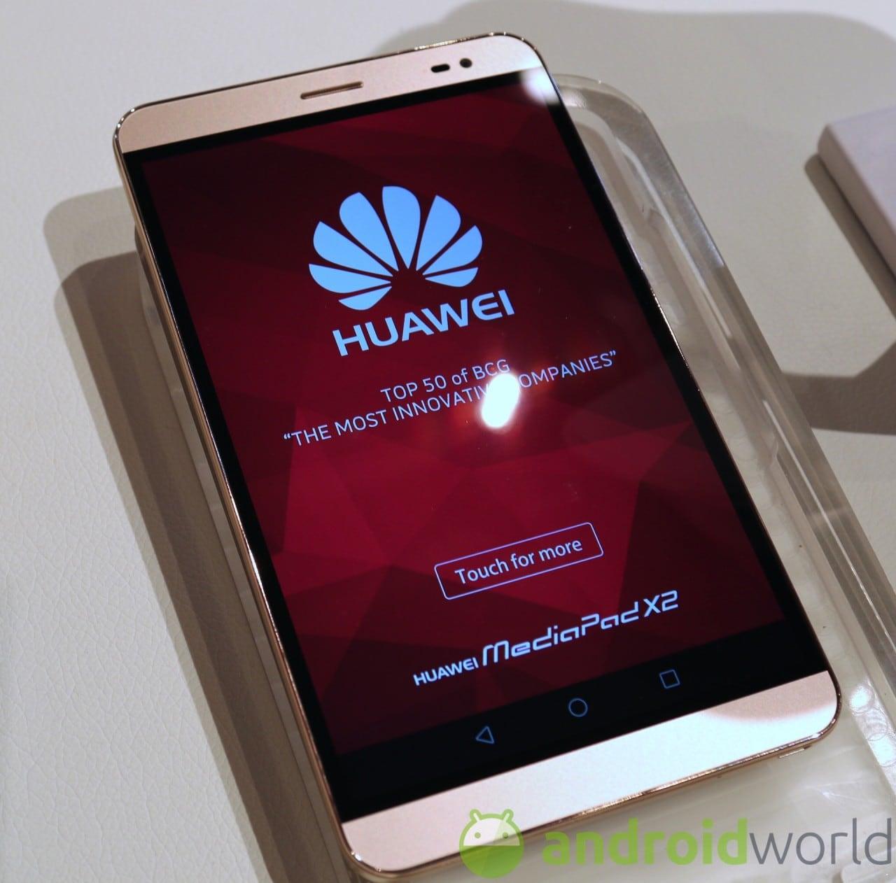Huawei MediaPad X2 hands-on - 1