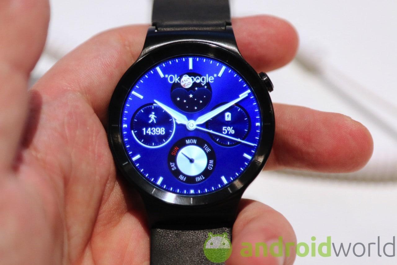 Huawei Watch potrebbe essere rimandato a ottobre