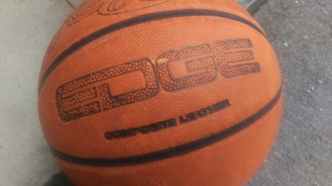 One-M9-Basketball-Before