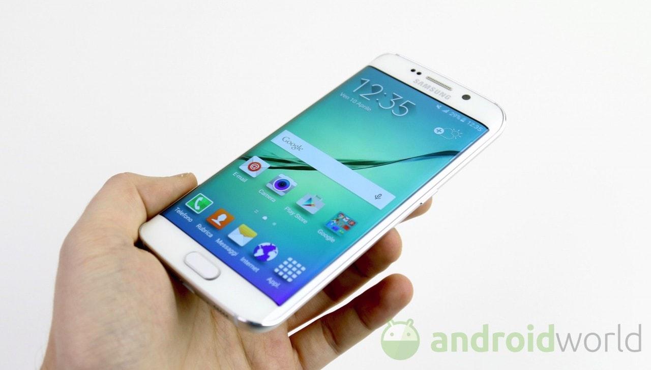 Samsung Galaxy S6 edge con garanzia Italia in offerta a 499€