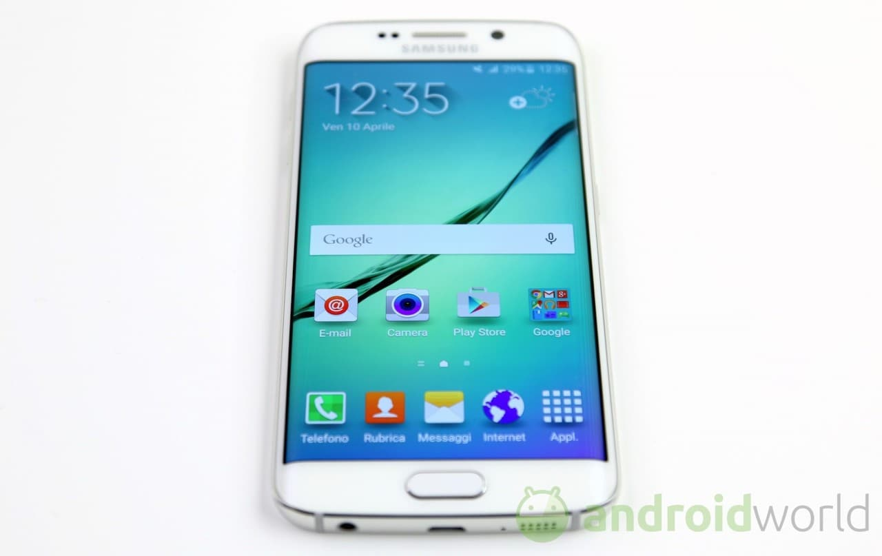 recensione samsung galaxy s6 edge androidworld. Black Bedroom Furniture Sets. Home Design Ideas