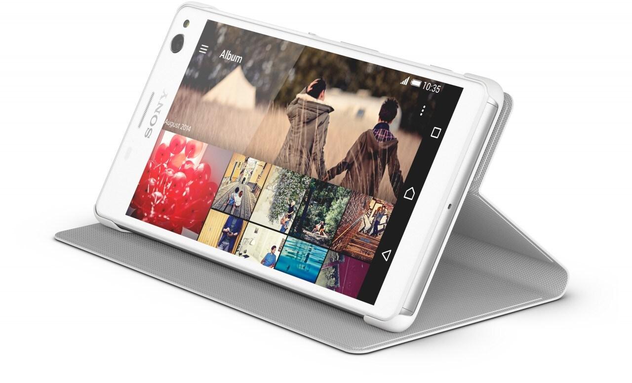 Ecco la custodia / stand ufficiale per Sony Xperia C4 (foto)