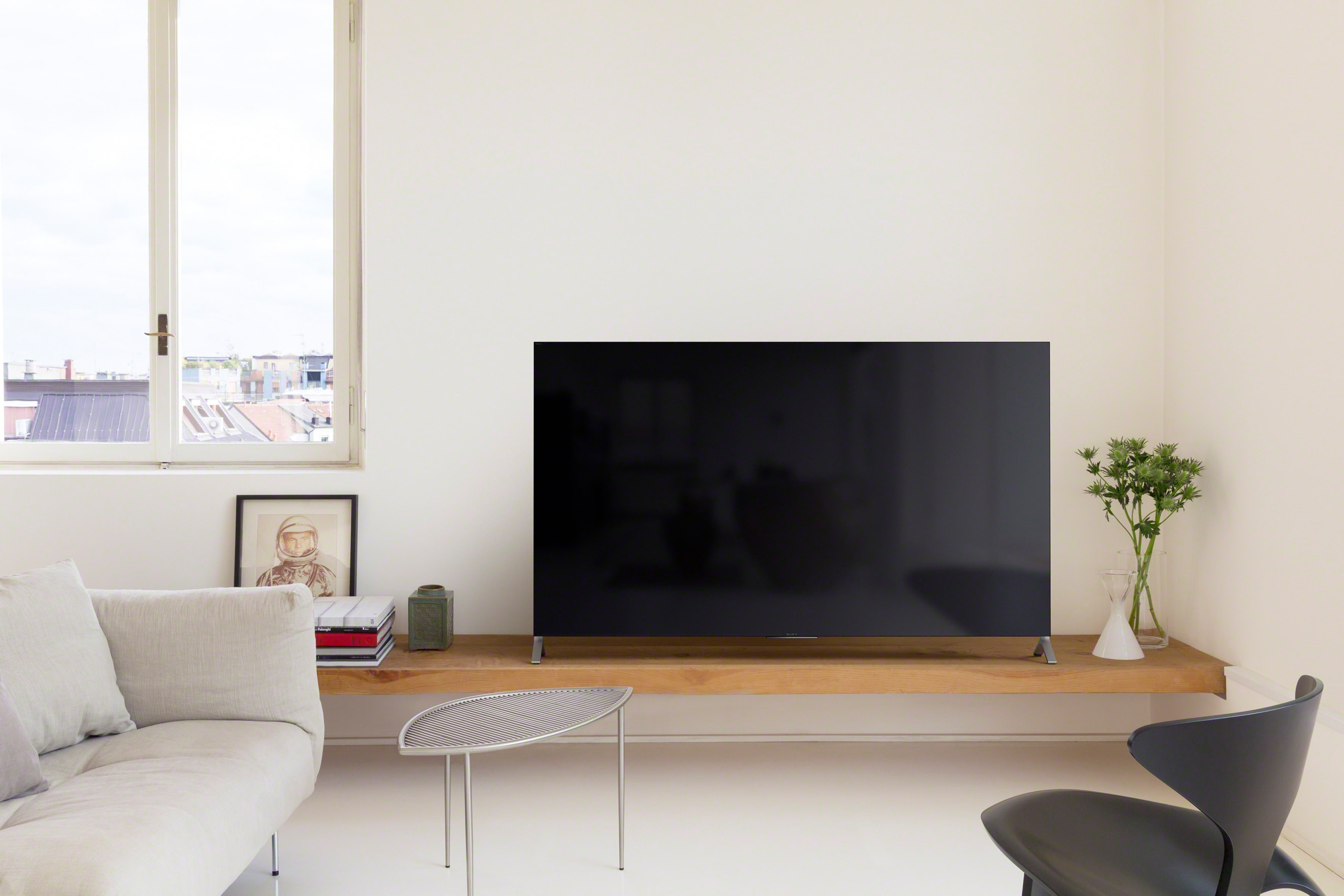 Sony Android TV X90C 8