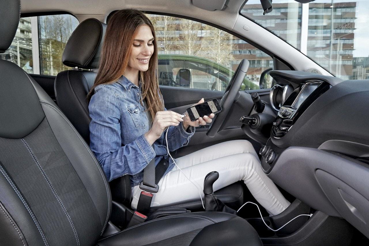 opel-android-auto-apple-carplay_1