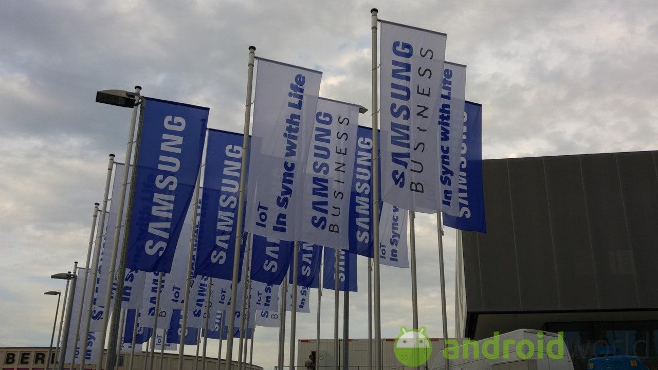 """""""It's Not a Phone, It's a Galaxy"""", la risposta di Samsung agli spot """"If it's not an iPhone"""" (video)"""