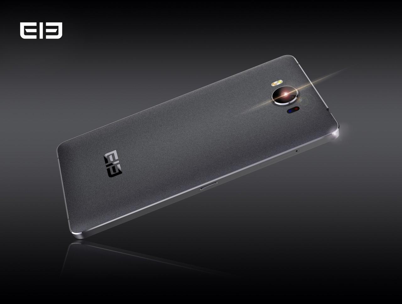 Elephone P9000 supporterà nuove bande LTE, e nell'attesa si mostra in nuove foto