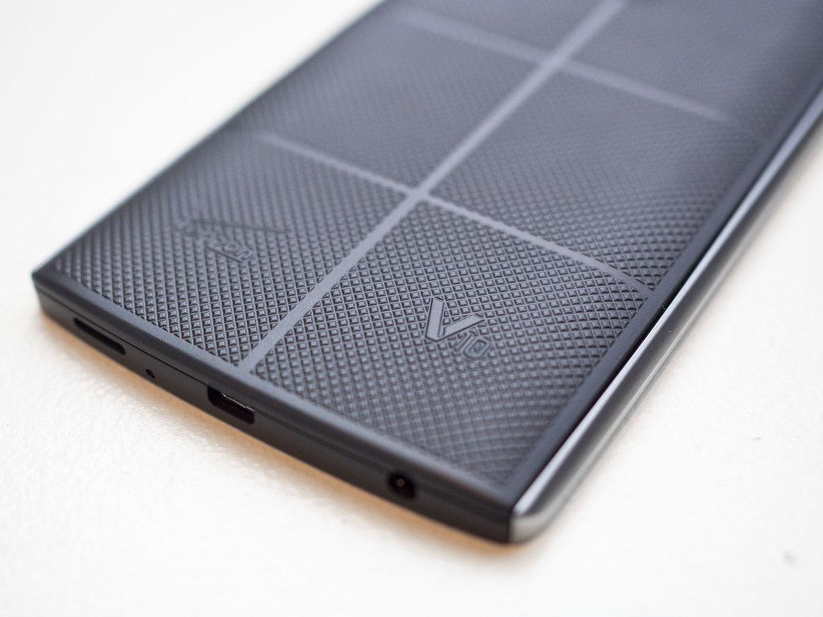 Una cover per la ricarica wireless in arrivo per LG V10