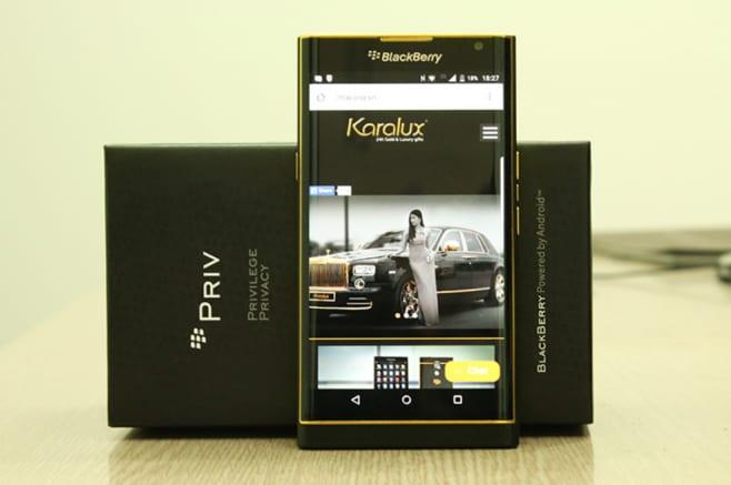 BlackBerry Priv oro 24 carati 1