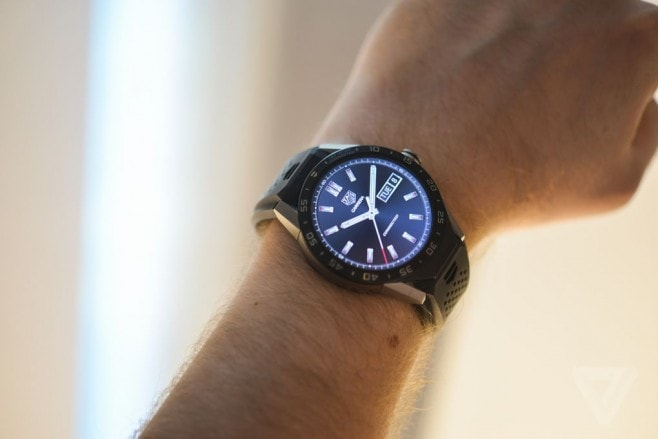 tag heuer connected hands on 1