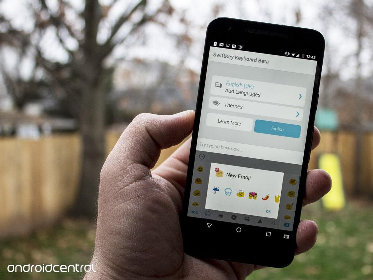 SwiftKey beta aggiunge nuove emoji, ma potrete utilizzarle solo con Android 6.0.1