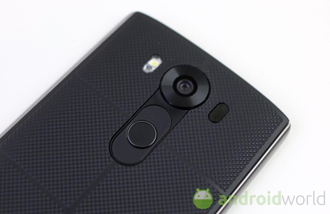 LG V10 a rischio sicurezza: bypassare il lettore di impronte digitali richiede poca fatica (video)