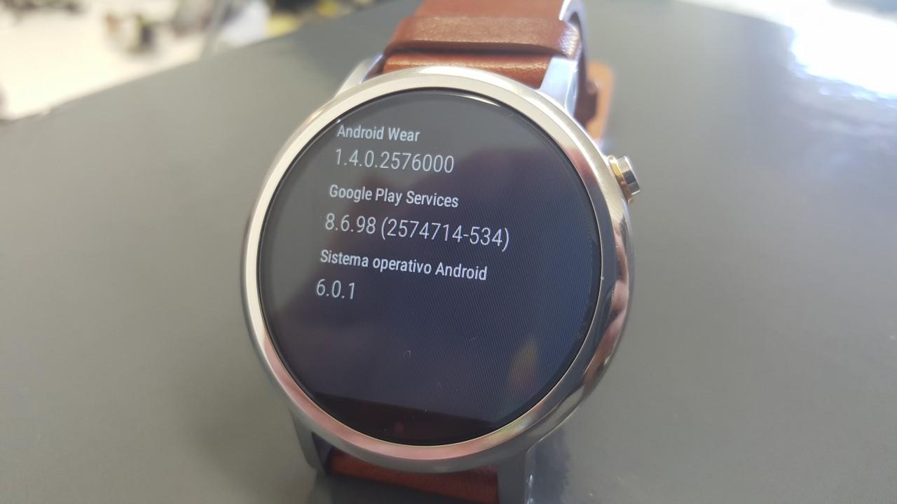 Anche Moto 360 (2015) si aggiorna a Marshmallow