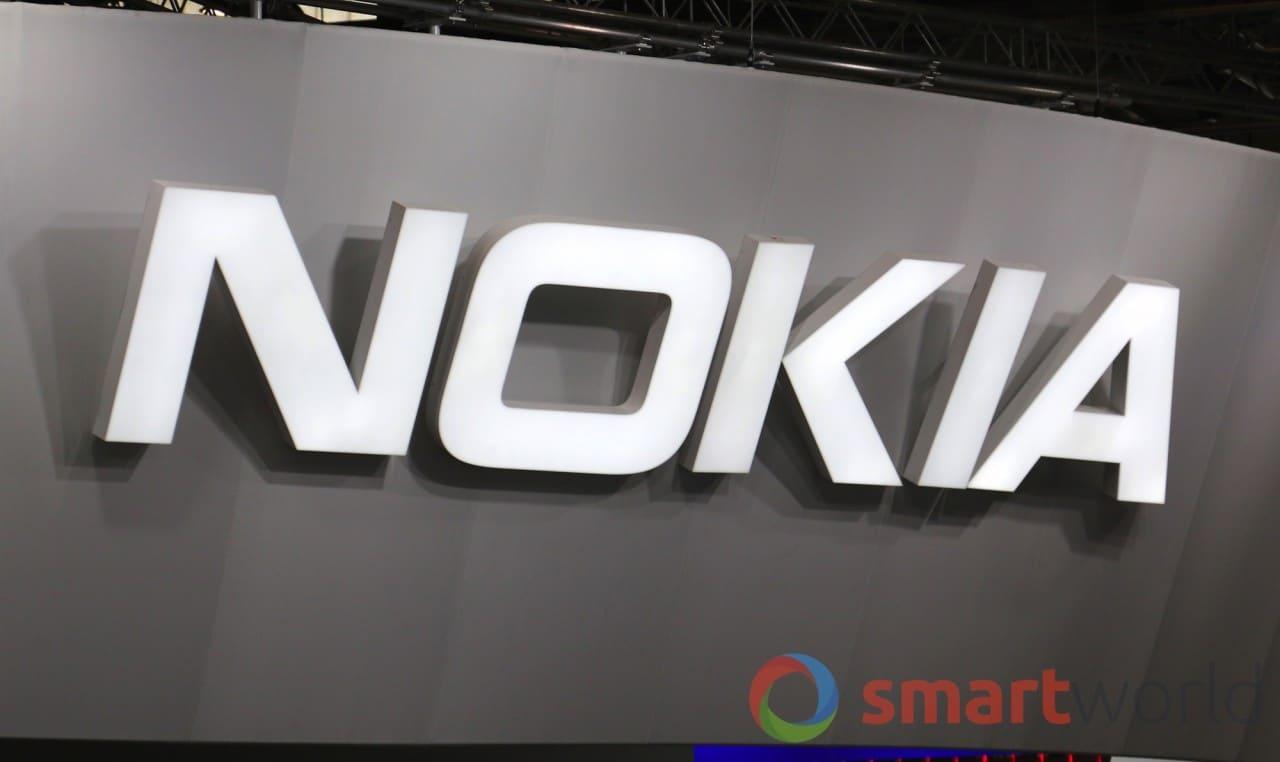 Anche Nokia interessata ai dispositivi pieghevoli? Da questo brevetto si direbbe di sì (foto)
