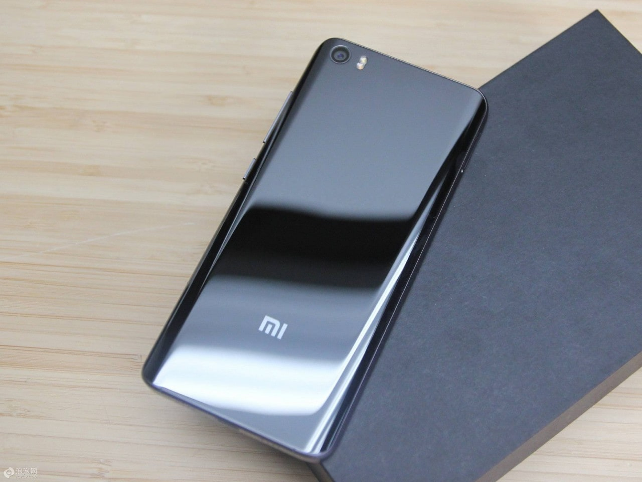 Xiaomi Mi 5 unboxing ufficiale 5