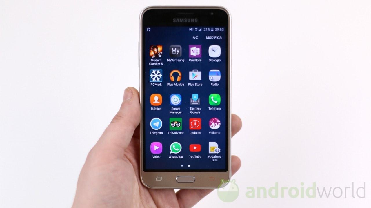 Vodafone offre ad alcuni utenti selezionati un Samsung Galaxy J3 (2016) a soli 79,99€