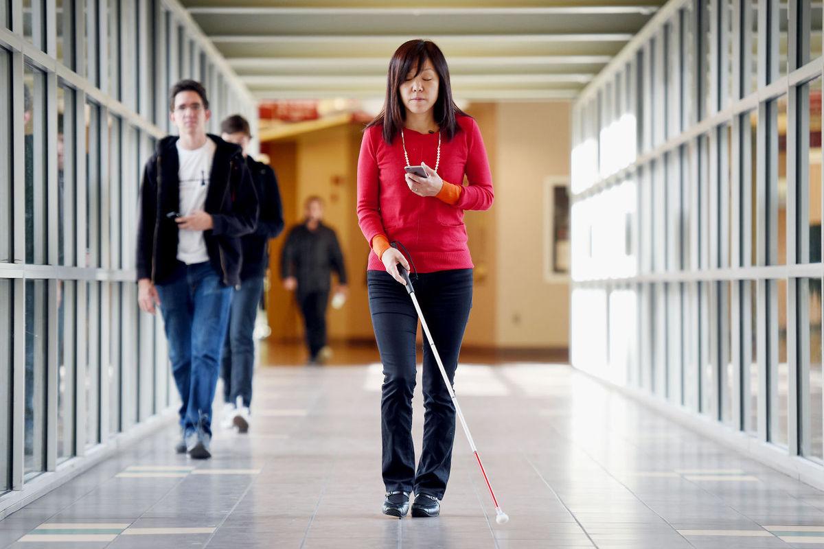 Google ci ricorda quanti strumenti offre per aiutare chi ha una disabilità (foto)