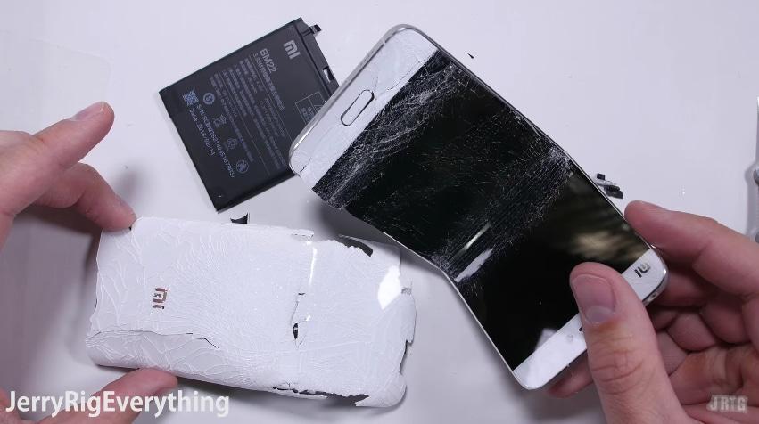 È #bendgate anche per Xiaomi Mi5! (video)