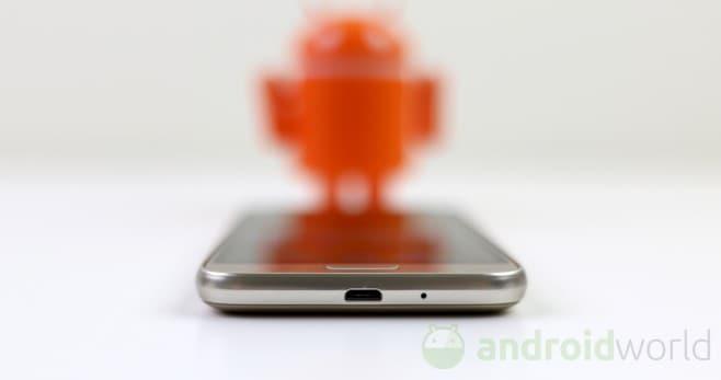 Samsung Galaxy J1 (2016) - 4