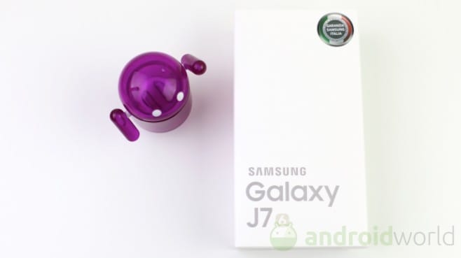 Samsung Galaxy J7 (2016) - 1