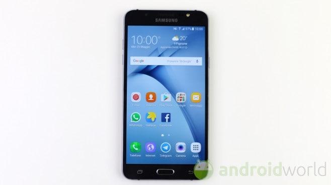Samsung Galaxy J7 (2016) - 2