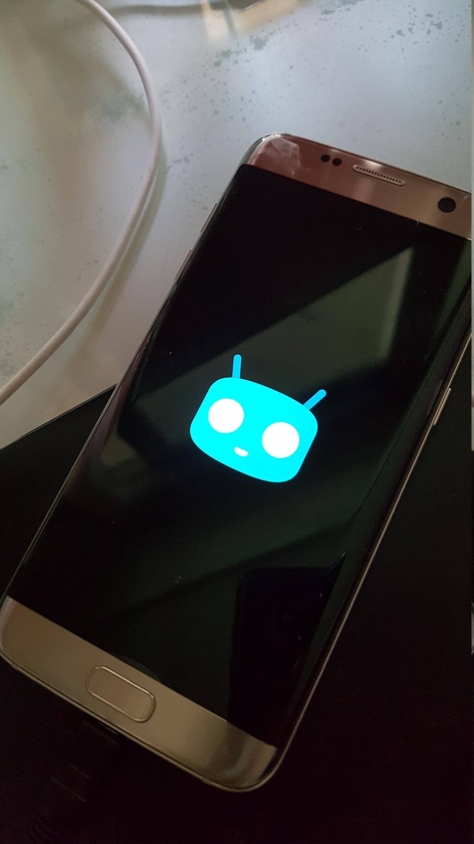 Galaxy S7 edge CyanogenMod 13 – 1