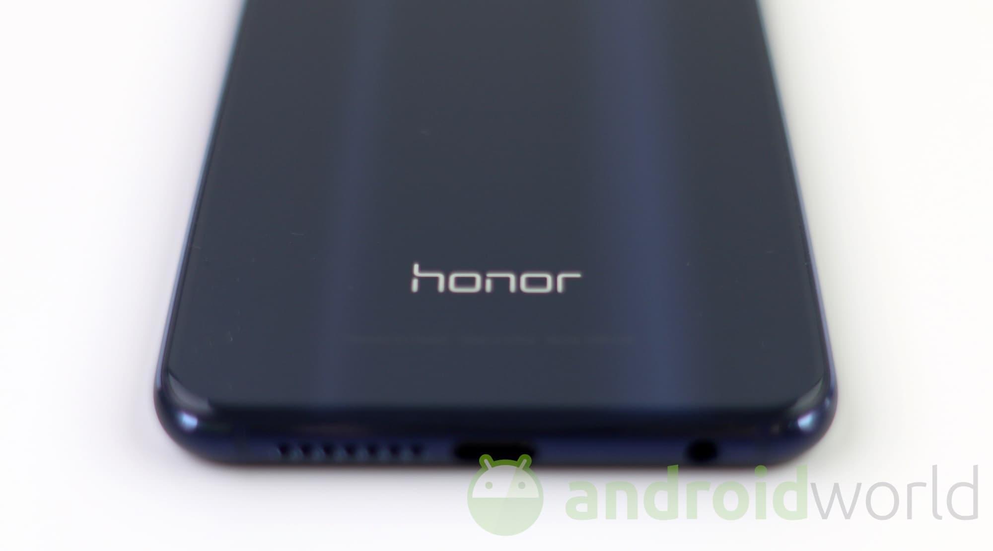 Honor potrebbe portare Android Nougat solo su Honor 8 (foto)