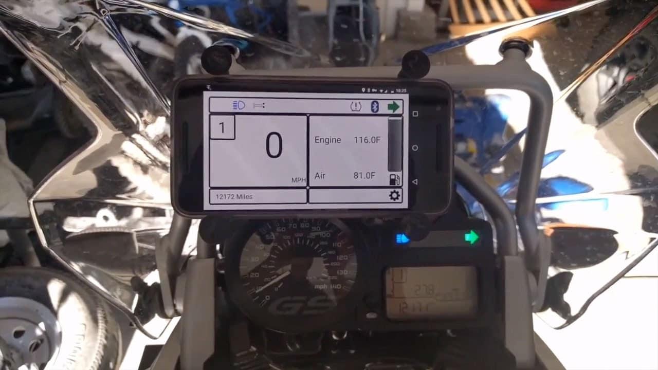 Usare Android come dashboard in motocicletta? E perché no! (foto e video)