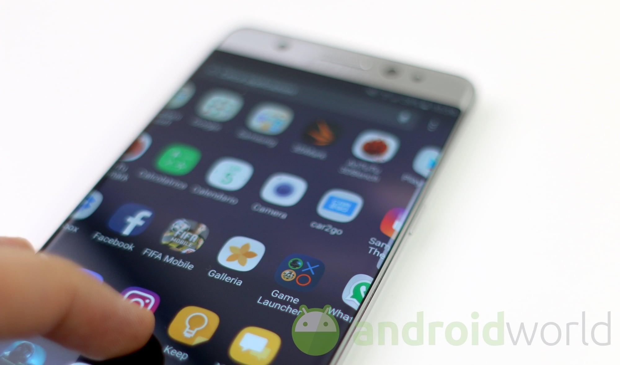Samsung ha testato da sola le batterie di Galaxy Note 7 (e ovviamente ha fallito)