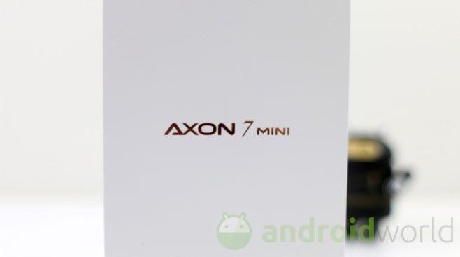 ZTE Axon 7 Mini - 1