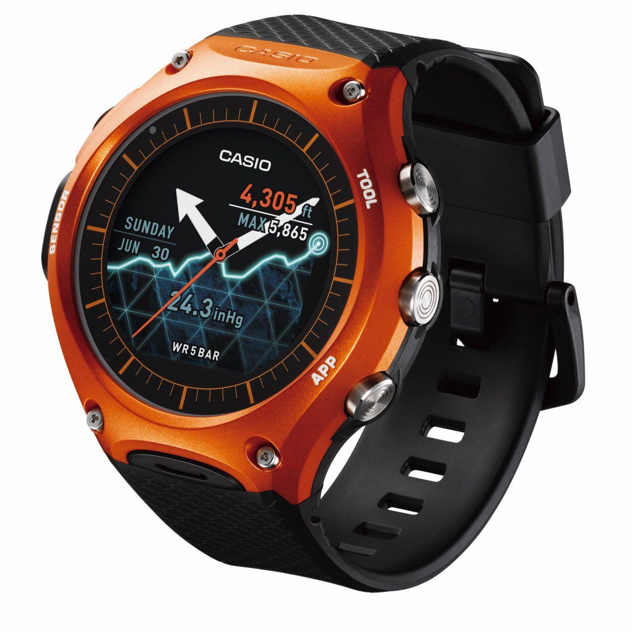 Lo smartwatch Android Wear di Casio arriva in Italia a 499€
