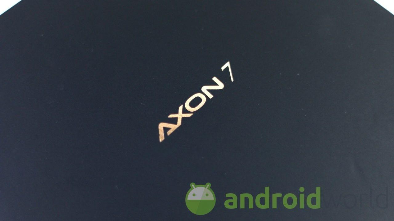 ZTE Axon 7 si sta aggiornando ad Android 7 Nougat (negli USA)