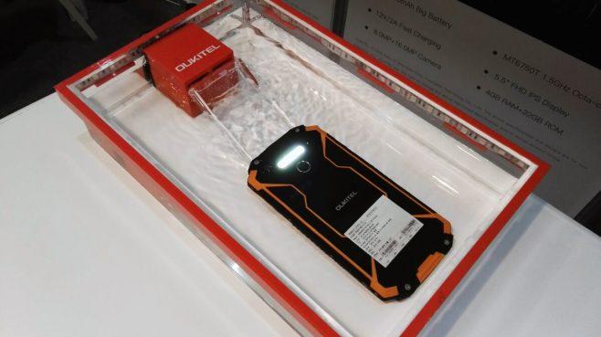 10000mah-3-proof-smartphone-oukitel