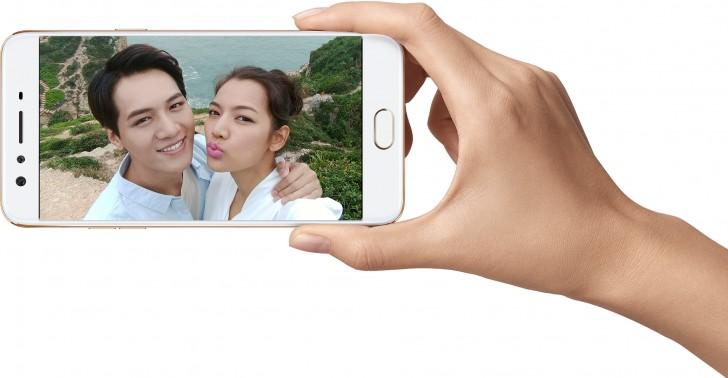 """Oppo F3 Plus ufficiale: 6"""" con dual camera frontale, Snapdragon 653, 4GB/64GB"""