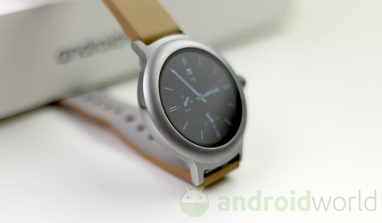 Spuntano un nuovo smartwatch LG e nuove conferme sulla rivisitazione del menù delle app (foto)