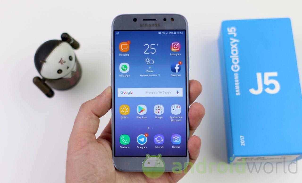 Altro giro di patch per Samsung: Galaxy A5 (2017) riceve quelle di novembre, Galaxy J5 (2017) quelle di ottobre (foto)