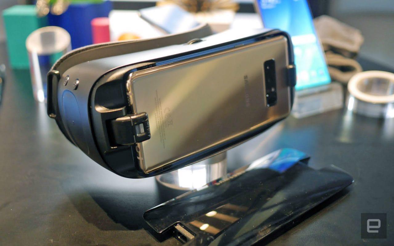 Samsung Galaxy Note 8 calzerà a pennello nel rinnovato Gear VR