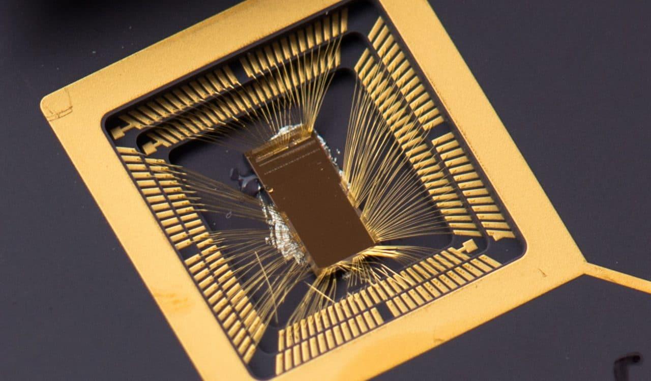 Compaiono su Geekbench due processori ARM progettati da Apple, e i risultati sono strabilianti (foto)