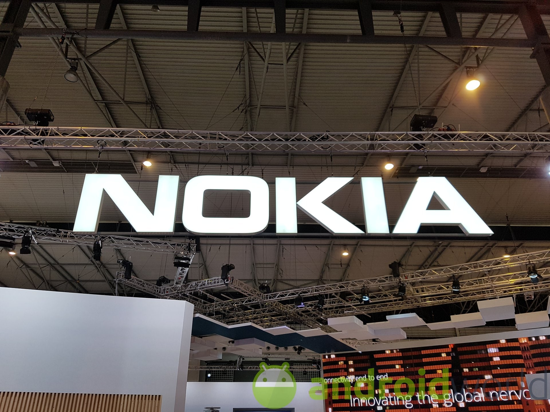 Here is the first feature phone with Android in the world: the credit is from Nokia (video) 1