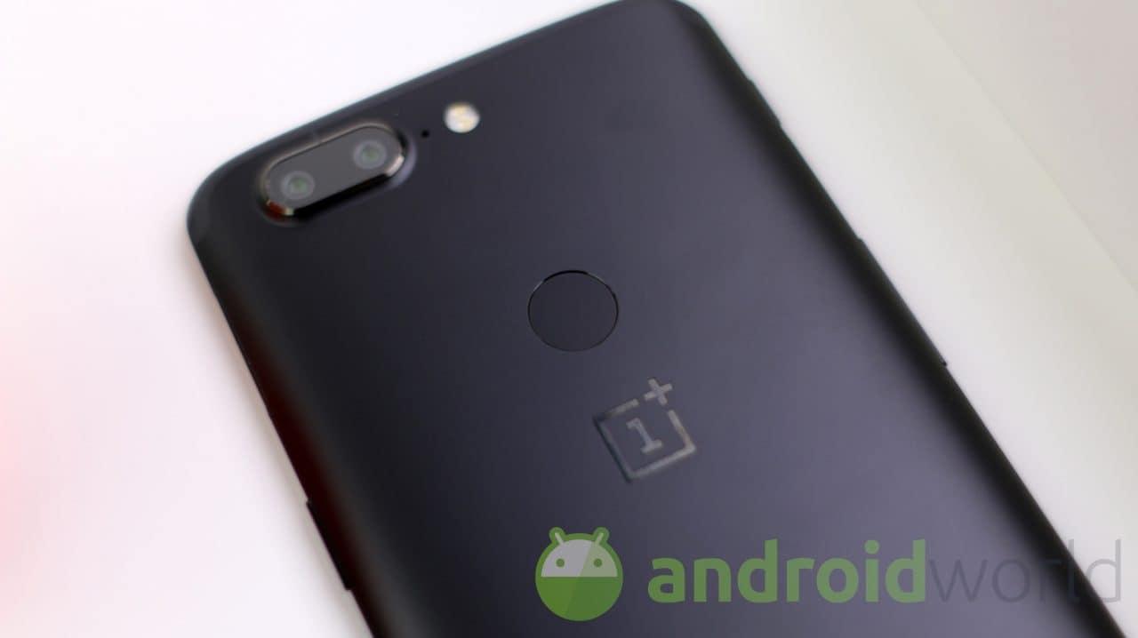Intramontabili OnePlus 5 e 5T: arriva la seconda Open Beta di Android 10