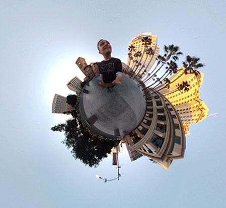 """Essential Phone ha una nuova modalità """"Tiny Planet"""" per la fotocamera a 360° (foto)"""