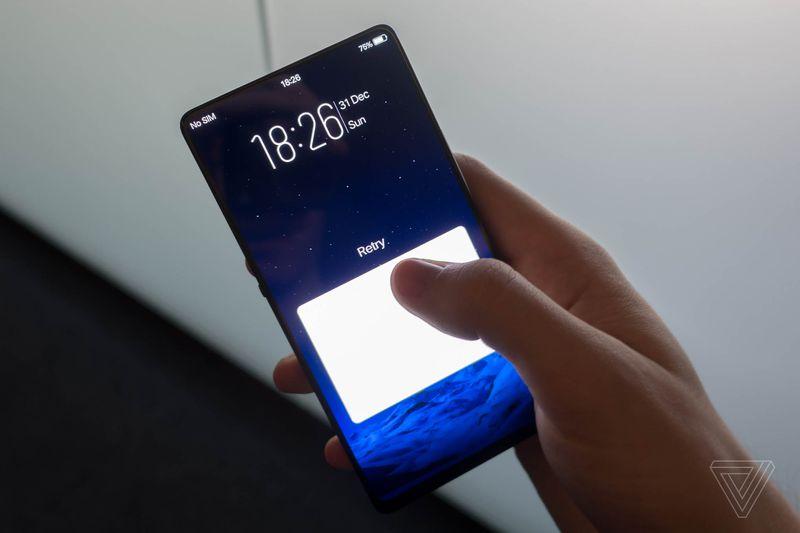 Vivo Apex è lo smartphone che ancora non avete immaginato (foto e video)