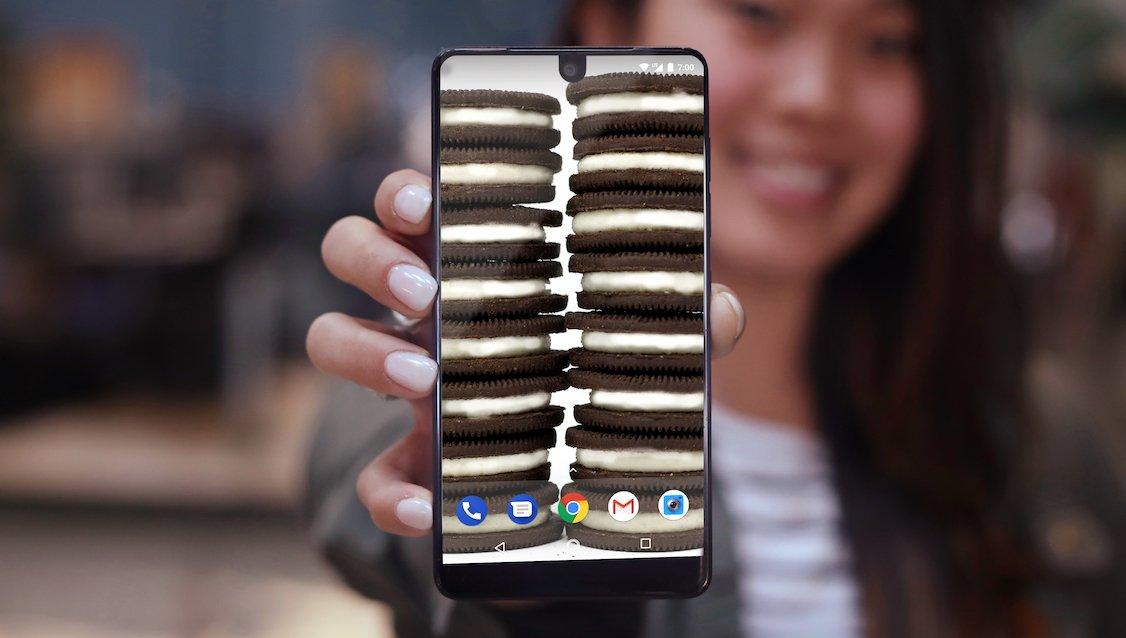 Essential Phone, che efficienza! Già pronte patch di luglio e nuova Beta di Android P