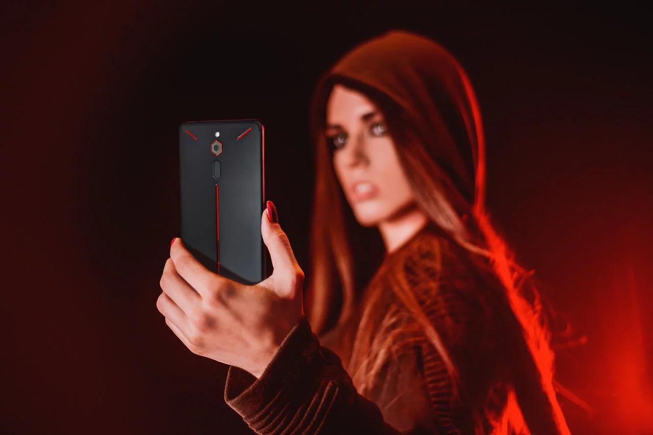Nubia Red Magic ufficiale: lo smartphone gaming che punta più sul design che sulla sostanza (aggiornato: Indiegogo live)