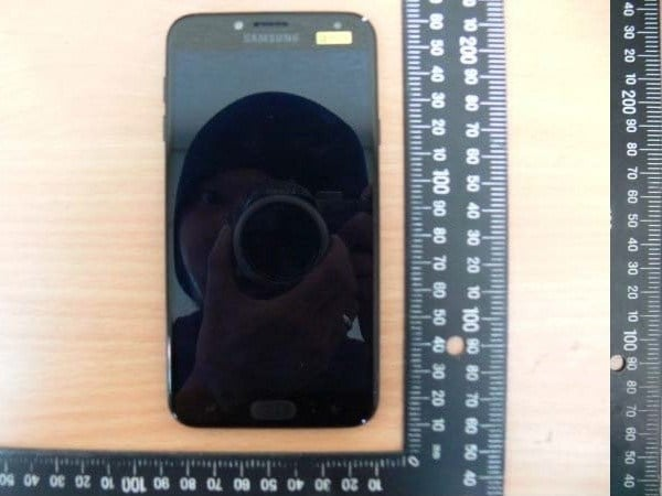 Samsung-Galaxy-J4-Display