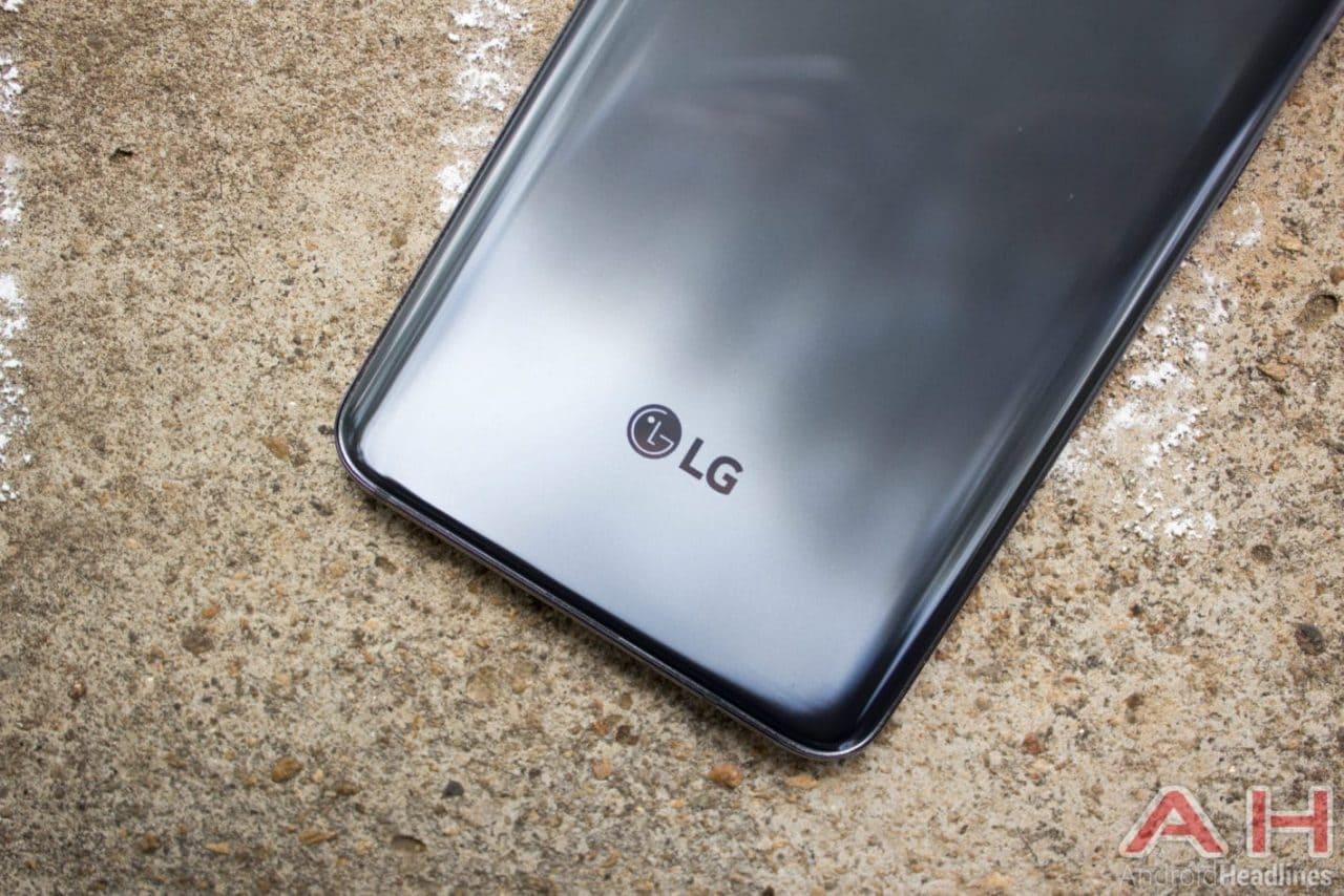 LG G7 ThinQ: tempo di Android 10, finalmente! (foto)