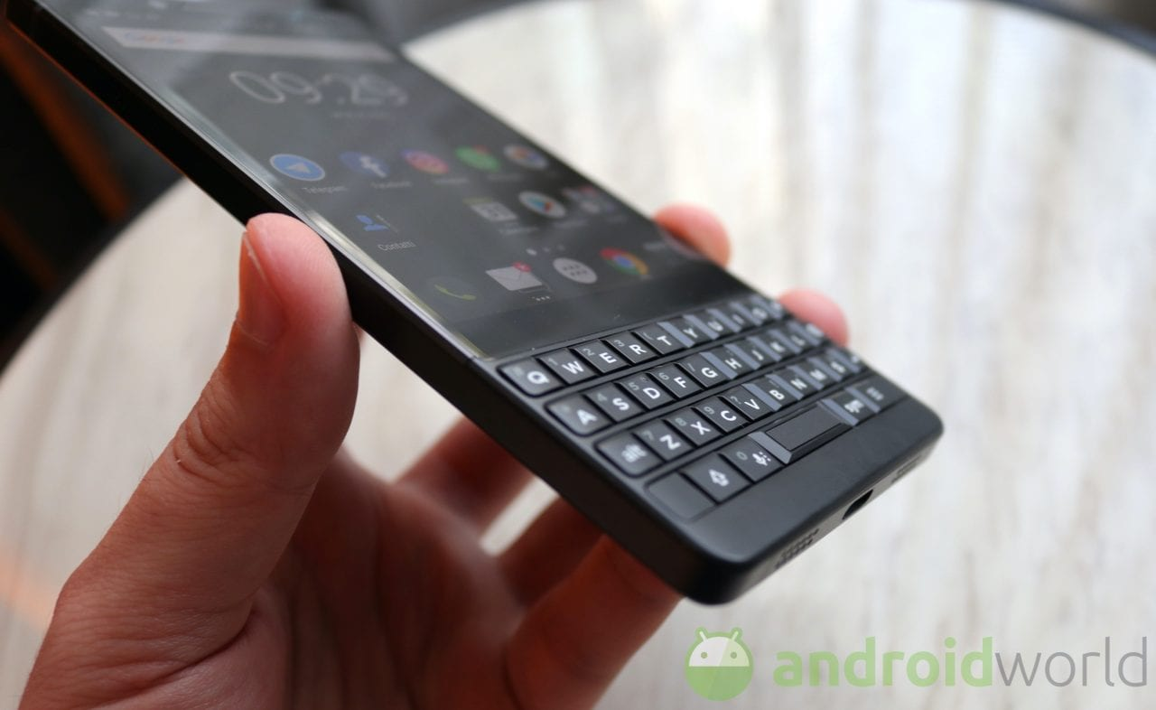 BlackBerry potrebbe avere in serbo il vero successore diretto di KEYone: ecco render e specifiche di KEY2 LE