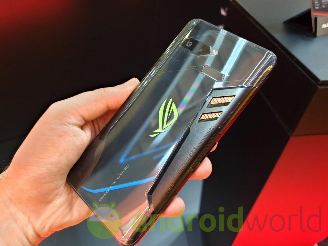 ASUS avvisa i possessori di ROG Phone: per loro niente Android 10